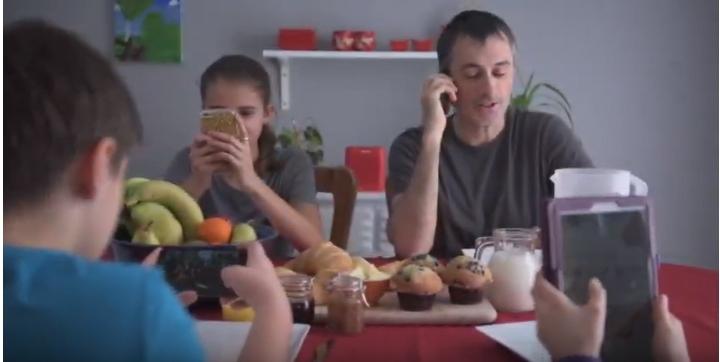 L'utilisation des technologies chez les jeunes et leurs familles